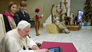 Pope Benedict XVI begins tweeting, sends from iPad, TweetDeck