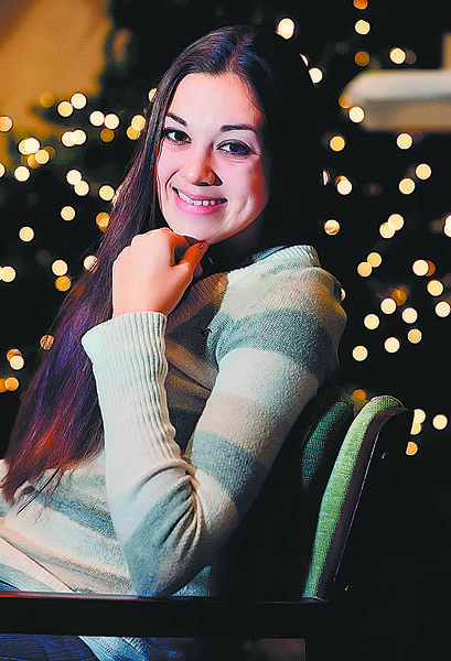 Alexis Barone will be the featured vocalist for the Holly Jolly Christmas Show at The Capitol Theatre in Chambersburg, Pa.