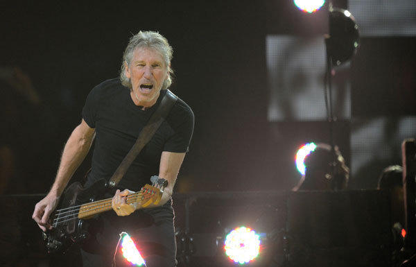 Roger Waters is urging a boycott of Israel by musicians