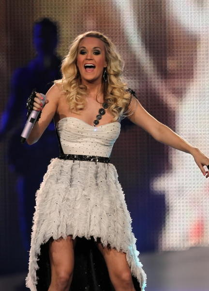 Carrie Underwood performs at the United Center in Chicago on Wednesday.