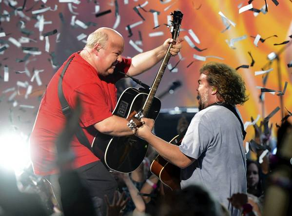 CULVER CITY, CA - DECEMBER 07: Actors/musicians Kyle Gass (L) and Jack Black (R) of Tenacious D perform onstage during Spike TV's 10th annual Video Game Awards at Sony Studios on December 7, 2012 in Culver City, California.