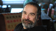 'Homeland's' Mandy Patinkin will ring in Golden Globe nom with a fridge repair