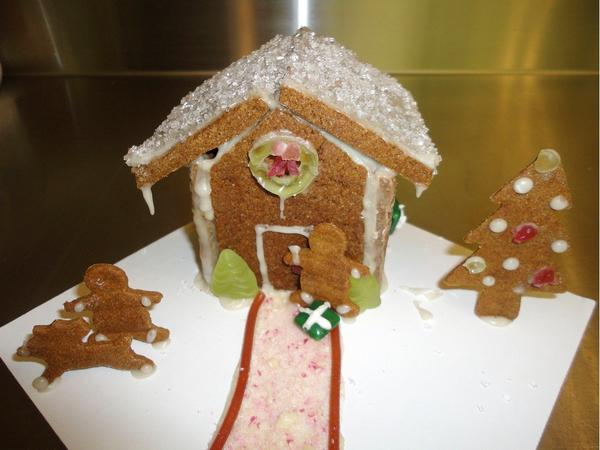 Pam Nicholas has created a gingerbread-house kit for children with allergies.