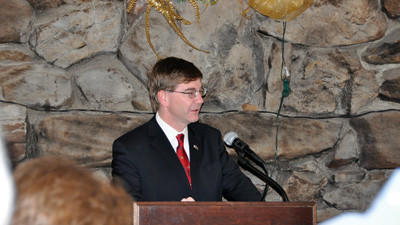 U.S. Rep.-elect Keith Rothfus talks to the crowd at the Somerset County Club for the Somerset Chamber of Commerces Eggs and Issues.