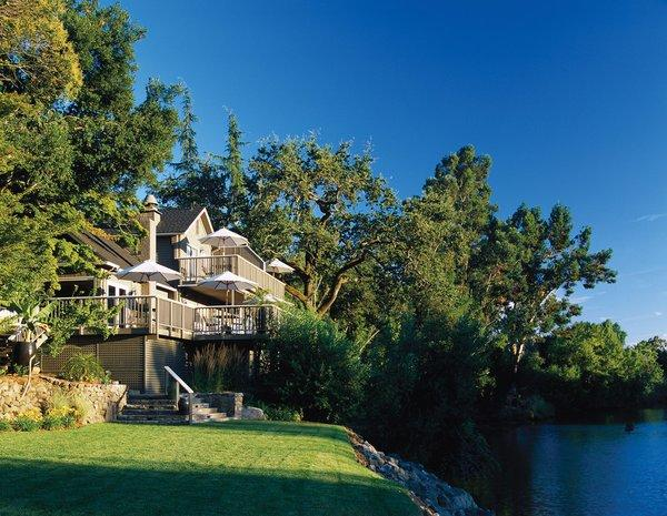 The Milliken Creek Inn & Spa offers a holiday package good for $199 a night until the end of January.