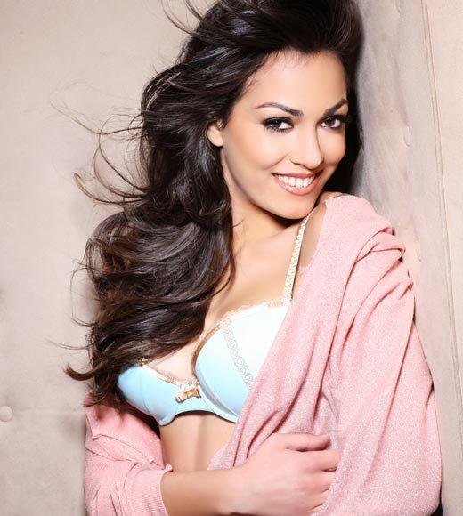Miss Universe 2012 High Fashion Lingerie Pictures: Grazia Pinto, Italy