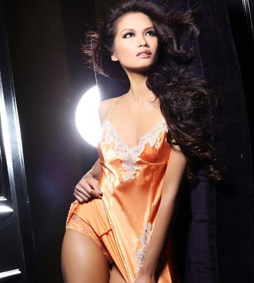 Miss Universe 2012 High Fashion Lingerie Pictures: Janine Tugonon, Philippines