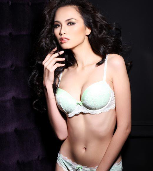 Miss Universe 2012 High Fashion Lingerie Pictures: Diem Huong Luu, Vietnam