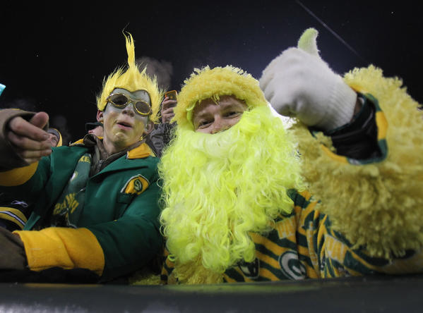 Columnist Niki Fritz says getting along with Packers fans really just takes common sense. And hatred for the Vikings.