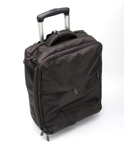 """They say breaking up is hard to do. Nonsense. My old black carry-on bag and I have been tight for years, but there's a new charmer in my life. It's the Lipault folding 22-inch bag. This lightweight beauty comes in a variety of colors, is made of nylon twill and sports what the French company calls """"airplane grade"""" aluminum handles. It doesn't have as many pockets as my old Black Beauty, but it also weighs 5 1/2 pounds empty, about 2 pounds less than BB. On a weekend trip, it was a breeze to roll through the airport and so light to lift into the overhead that I felt like Charles Atlas. Bye-bye, BB; <em>bonjour,</em> Lipault. You're not cheap, but you are easy.<br><br>  Info: From $200, <a href=""""http://www.lipault-us.com/foldable.html"""">http://www.lipault-us.com/foldable.html</a><br><br>  —Catharine Hamm"""