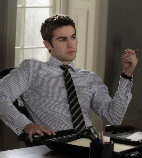 'Gossip Girl' fashion: The good, the bad and the exceedingly ugly: Oh, Nate. Dont pretend to work. Just sit there and look pretty.
