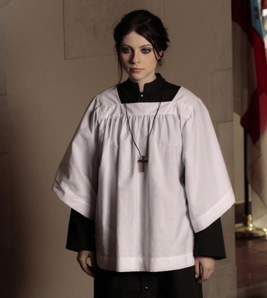 'Gossip Girl' fashion: The good, the bad and the exceedingly ugly: Theres nothing more terrifying than Georgina in religious disguise.