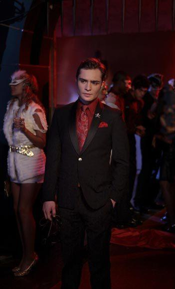 'Gossip Girl' fashion: The good, the bad and the exceedingly ugly: Bonus points for the skull-and-crossbones lapel pin.