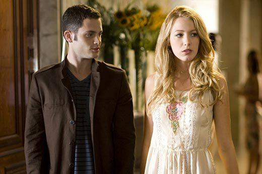 'Gossip Girl' fashion: The good, the bad and the exceedingly ugly: Dan faces a conundrum: Hair too long, he looks ridiculous. Hair too short, he looks boring. Here, hes boring.