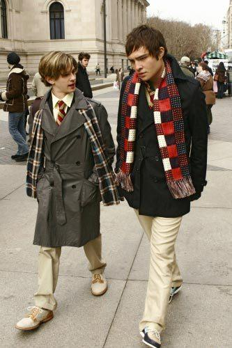 'Gossip Girl' fashion: The good, the bad and the exceedingly ugly: Love that scarf. Love it!