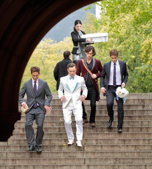 'Gossip Girl' fashion: The good, the bad and the exceedingly ugly: Chucks ice-cream-man suit works... because its Chuck. Nates classic tailoring works... because its Nate. But what the heck is Dan wearing? A duster over a blazer? A three-quarter-length smoking jacket?
