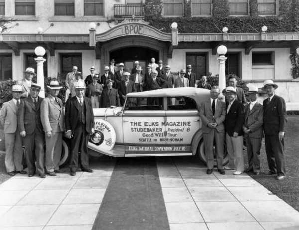 In 1932, members of Glendale Elks Lodge #1289 gathered around a Studebaker President 8, which was on its way from Seattle (site of the 1931 national Elks convention) to Birmingham, Alabama, (site of the 1932 convention). Convention promoters made stops at many lodges on their way to Birmingham. (Photo courtesy of the Special Collections, Glendale Public Library)