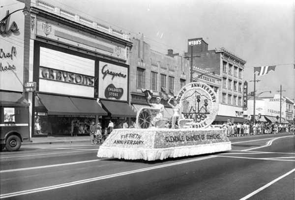 the Glendale Chamber of Commerce float at the Golden Jubilee Parade on Brand Boulevard, October 13, 1956. (Photo courtesy Glendale Public Library Special Collections)
