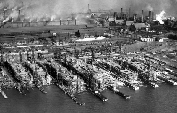 The Sparrows Point Shipbuilding division of the Bethlehem Steel Co. in 1940.