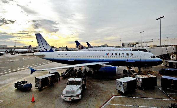 United Airlines pilots have ratified a new contract, considered a major step toward fully integrating United and Continental after their merger in 2010.