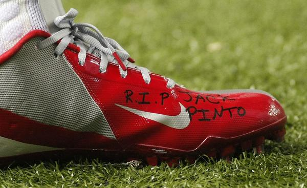 Victor Cruz of the Giants was Newtown shooting victim Jack Pinto's favorite player. Cruz remembered him Sunday.