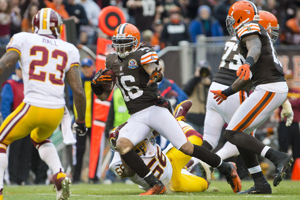 Wide receiver Josh Cribbs #16 of the Cleveland Browns runs for a gain during the first half against the Washington Redskins at Cleveland Browns Stadium on December 16, 2012 in Cleveland, Ohio. Washington won 38–21.