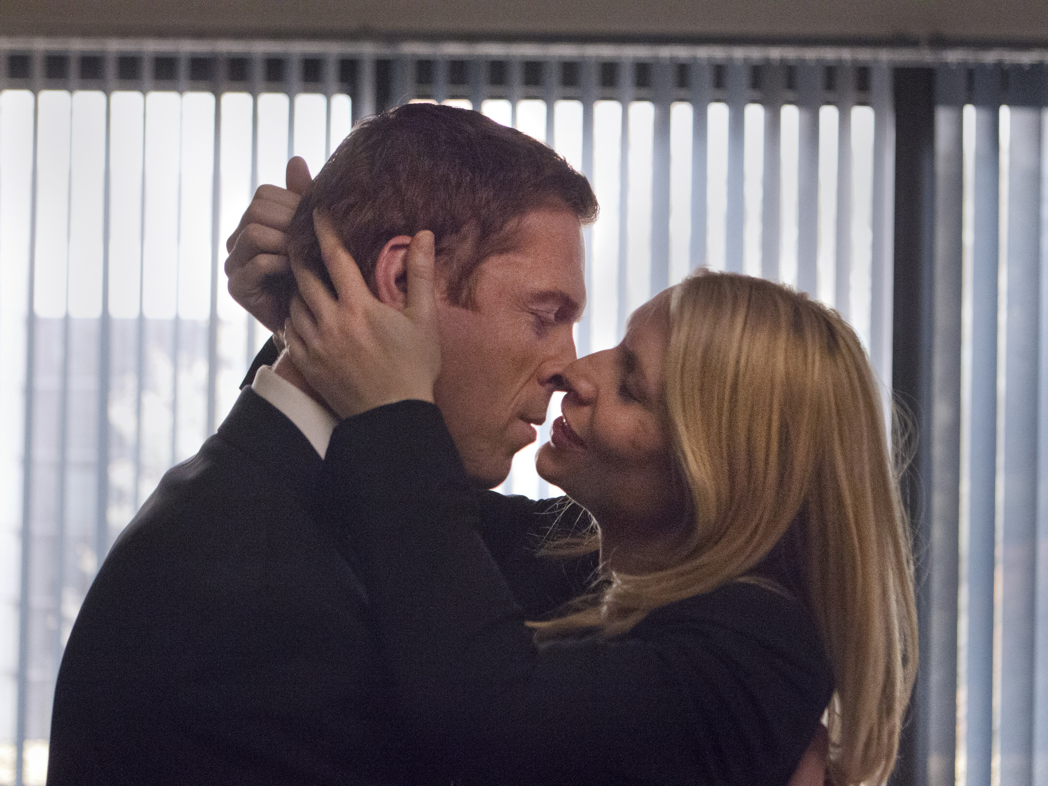 homeland season 2 carrie and brody relationship tips