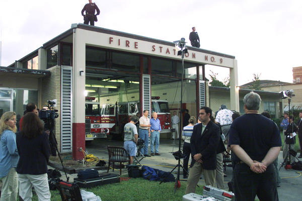 TAMPA, FL; 9.4.00: Vice President Al Gore and Joseph Lieberman Make an appearance on the Today Show shortly after 7 A.M. outside Firehouse 9 in Tampa after having breakfast with some firefighters and speaking to supporters behind the station shortly after 5 A.M.