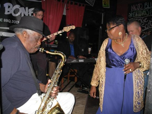 Blues singer Jackie Scott will kick off a new series at Hampton History Museum.
