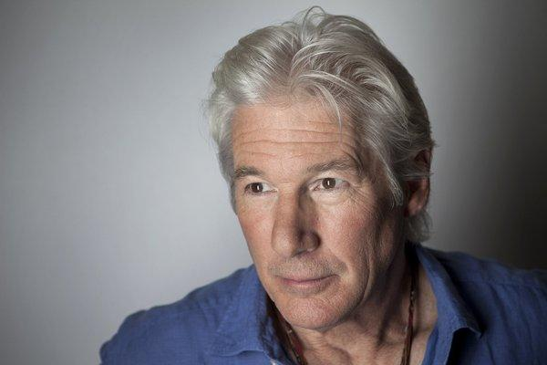 Richard Gere will receive the Chairman's Award at the Palm Springs International Film Festival.