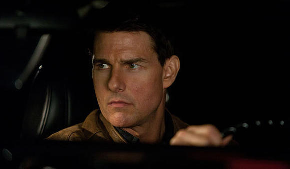 Tom Cruise stars in 'Jack Reacher'