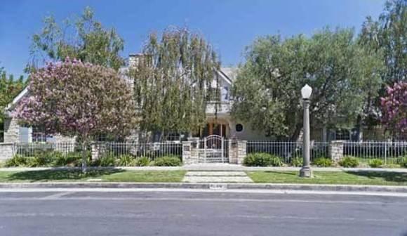 Hot Property: Jennifer Love Hewitt sells