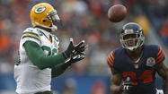 Rodgers torches Bears' secondary