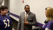 Florida Ravens fan wins personal 'press conference' with Ray Lewis