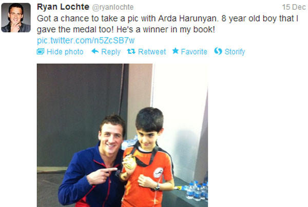 Ryan Lochte gave one of the six world championship gold medals he won over the weekend to young Turkish fan Arda Cakmak.