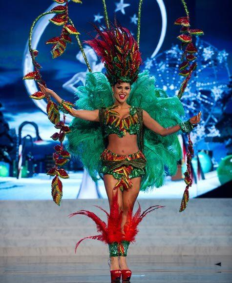 Miss Universe 2012 National Costume Pictures: Yessica Mouton, Bolivia