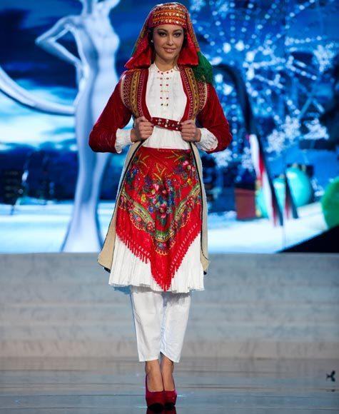 Miss Universe 2012 National Costume Pictures: Adrola Dushi, Albania