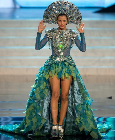 Miss Universe 2012 National Costume Pictures: Dulcita Lieggi, Dominican Republic