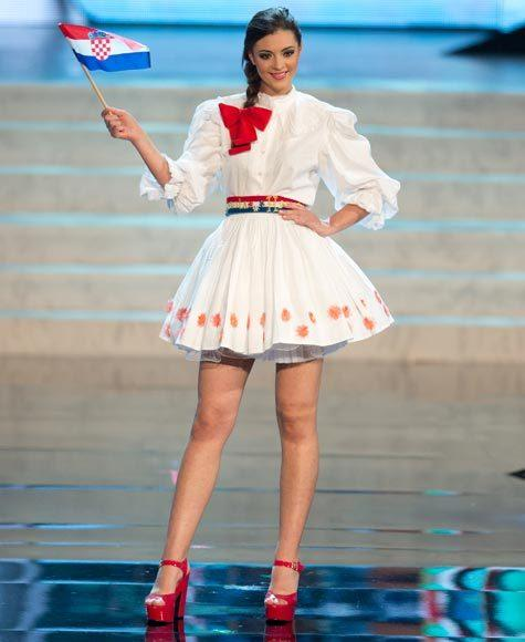 Miss Universe 2012 National Costume Pictures: Elizabeta Burg, Croatia