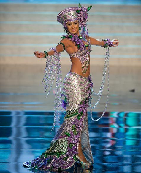 Miss Universe 2012 National Costume Pictures: Nazareth Cascante, Costa Rica