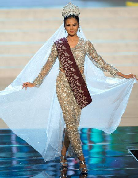 Miss Universe 2012 National Costume Pictures: Janine Tugonon, Philippines