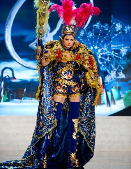 Miss Universe 2012 National Costume Pictures: Nicole Faveron, Peru