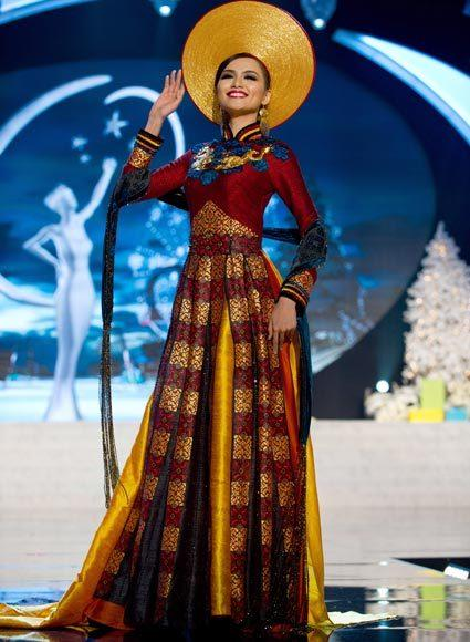 Miss Universe 2012 National Costume Pictures: Diem Huong Luu, Vietnam