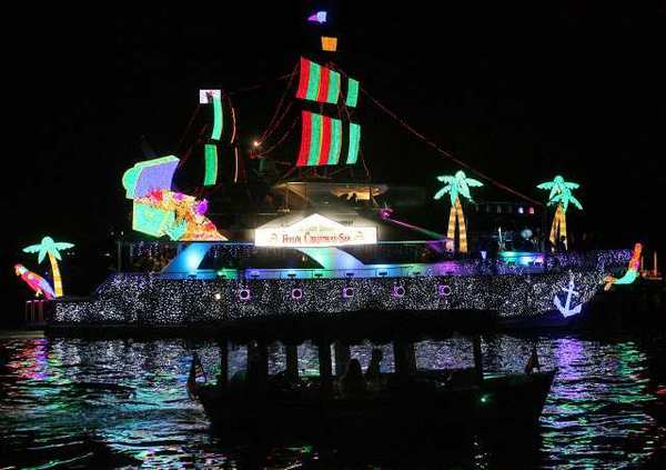The Last Hurrah, by J. Roberts and Elizabeth Meadows from the 2011 Newport Beach Christmas Boat Parade.