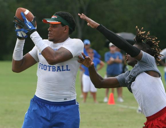 Travis Johnson, WR-TE, Tampa Jesuit, photo