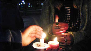 East Jessamine High School student organizes candlelight vigil for Newtown shooting victims
