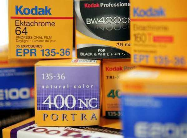 Kodak will sell its digital imaging patents to a group including Amazon, Apple and Facebook.