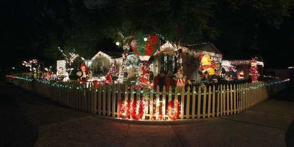 Carrie Stewart Nolan won first place in the Residential category of the Burbank Civic Pride's 30th Annual Holiday Decorating Contest.