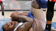 Magic beat the Wizards 90-83, but Glen Davis suffers an injury