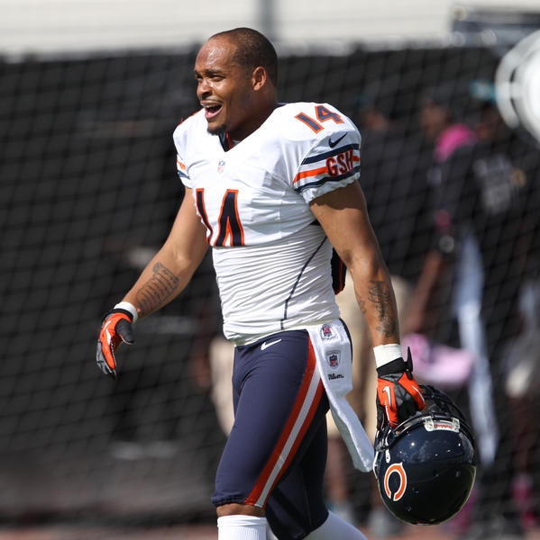 Bears special teams ace Eric Weems isn't afraid to bare his personality.